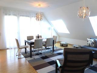 F6_Wohnzimmer2.jpg