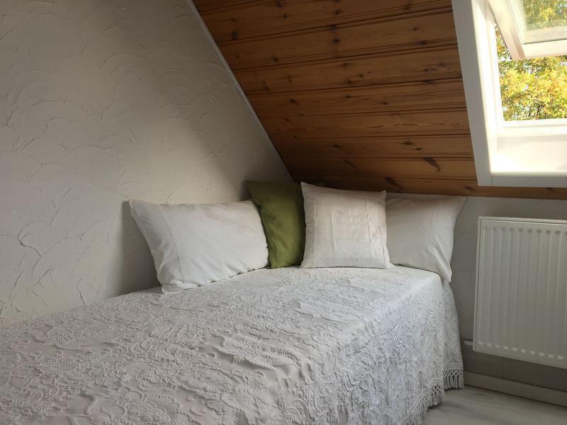 Umbaubares Stapelbett (2 Einzelbetten) Schlafzimmer 2