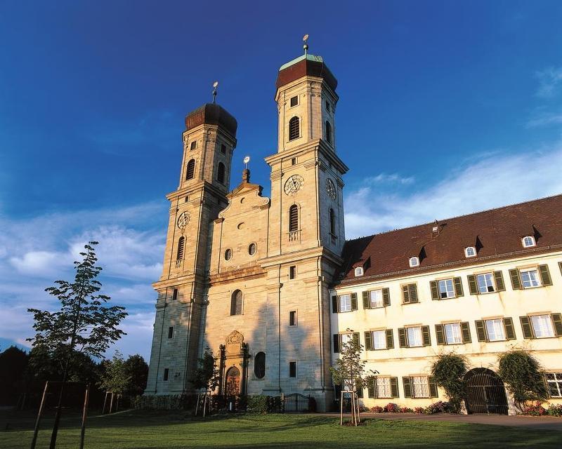 Mit dem Mönch durch die Schloßkirche / Rechteinhaber: © ©Tourist-Information