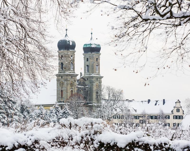 Schlosskirche im Winter / Urheber: Stefan Trautmann / Rechteinhaber: © Tourist-Information Friedrichshafen