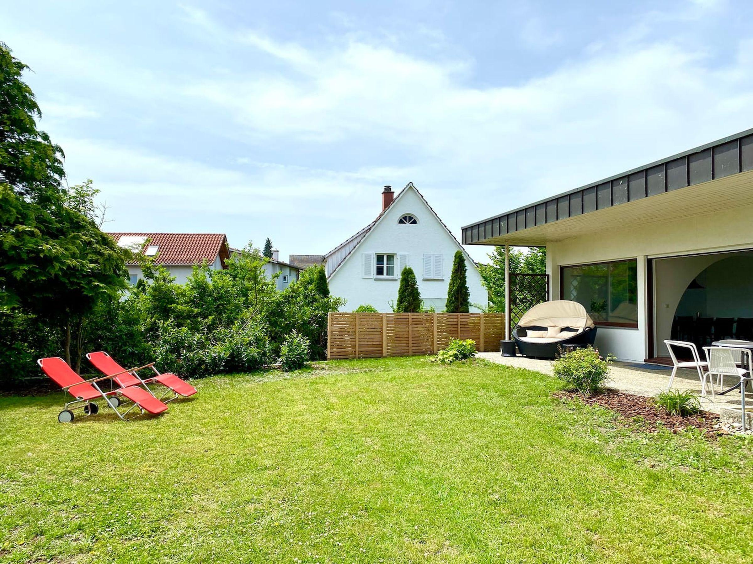 Bodensee Bungalow, (Immenstaad). Ferienhaus, 180 q Ferienhaus am Bodensee