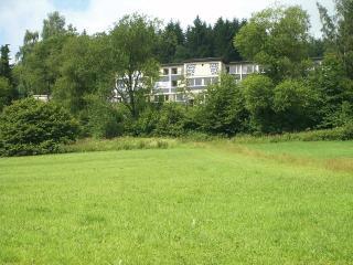 Josef-Gockeln-Haus am Ortsrand von Rahrbach