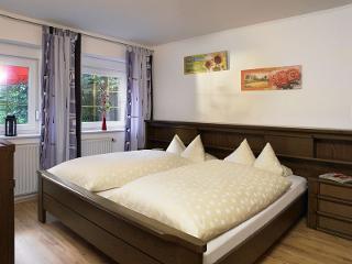 Schlafzimmer Ferienwohnung B
