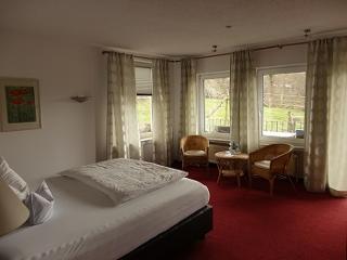 Doppel- oder Einzelzimmer in unserem Gästehaus