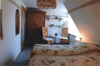 Blick ins Schlafzimmer1