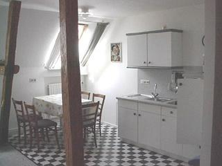 Küchenzeile mit Essplatz Fewo unterm Dach