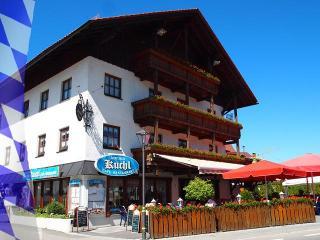 Ferienwohnung KUCHL Restaurant