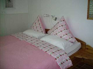 Gemütliches Schlafzimmer, Ferienwohng. Familie Franke
