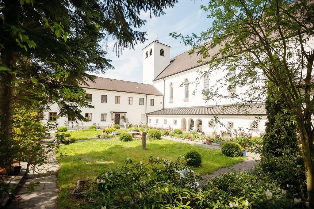 Ferienwohnung Tagungshaus im Kloster St. Josef (Neumarkt i.d. Oberpfalz). Doppelzimmer Komfort (1701199), Neumarkt, Bayerischer Jura, Bayern, Deutschland, Bild 8