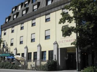 Hotelgasthof Dietmayr Außenansicht / Urheber: Desiree Ogaj / Rechteinhaber: © Hotelgasthof Dietmayr
