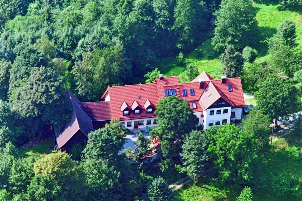 **** Bioland-Bauernhof - einzellagig - im Naturpark Frankenwald (625 NN)
