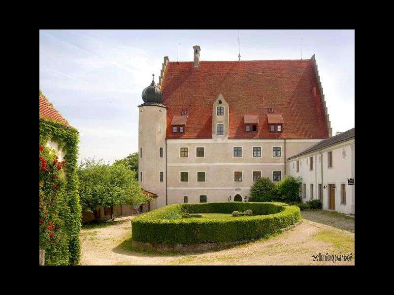 Hotel Schloss Eggersberg,Westfassade / Rechteinhaber: © Familie Schwarz