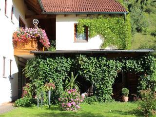 Außenansicht und Garten / Urheber: Fam. Gaul