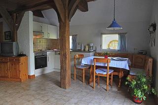 Fewo Nr. 3, Küchenbereich mit Essplatz
