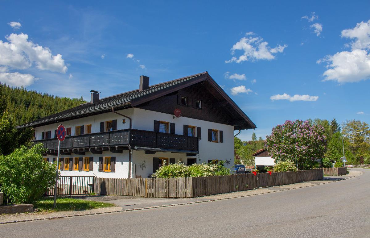 Haus Treml (Bayerisch Eisenstein). Ferienwohnung F Ferienwohnung im Bayerischer Wald