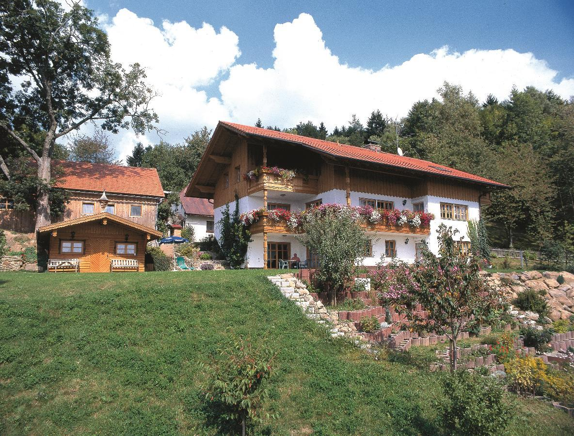 Ferienhof Scholz (Spiegelau / Hochreuth). Ferienwo Ferienwohnung im Bayerischer Wald