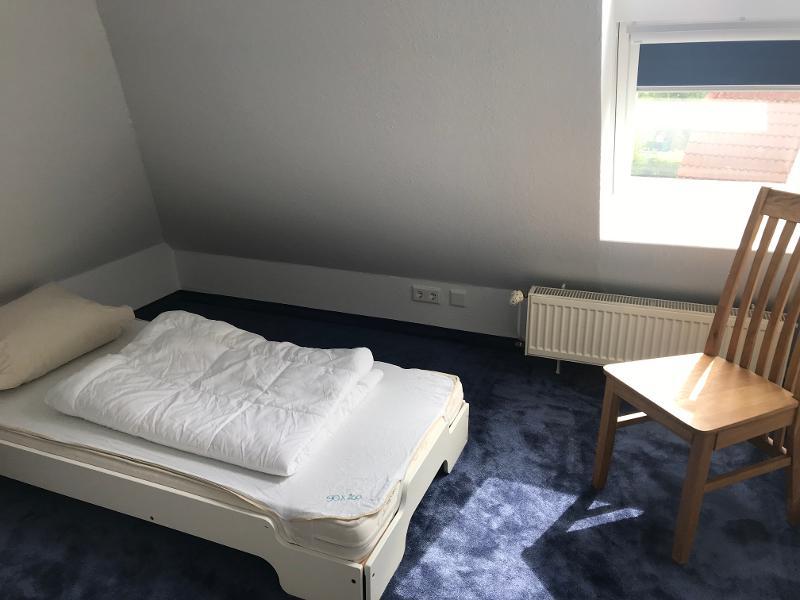 Schlafzimmier 3. OG (2 Bett zu je 90x200)