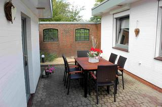 Terrasse im Wohn-Innenhof