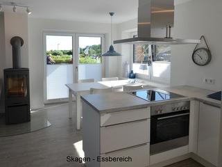 Esstisch im Küchenbereich
