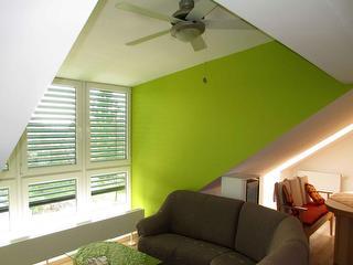 Wohnzimmer Wohnlandschaft mit Deckenventilator