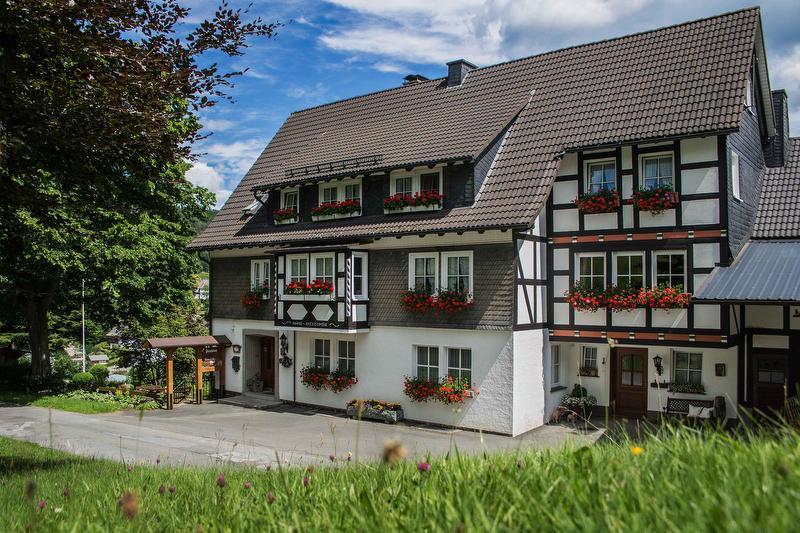 Pension Schauerte-Wulf - Oberkirchen Sauerland