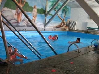Schwimmbad / Rechteinhaber: © Berghotel Staufert