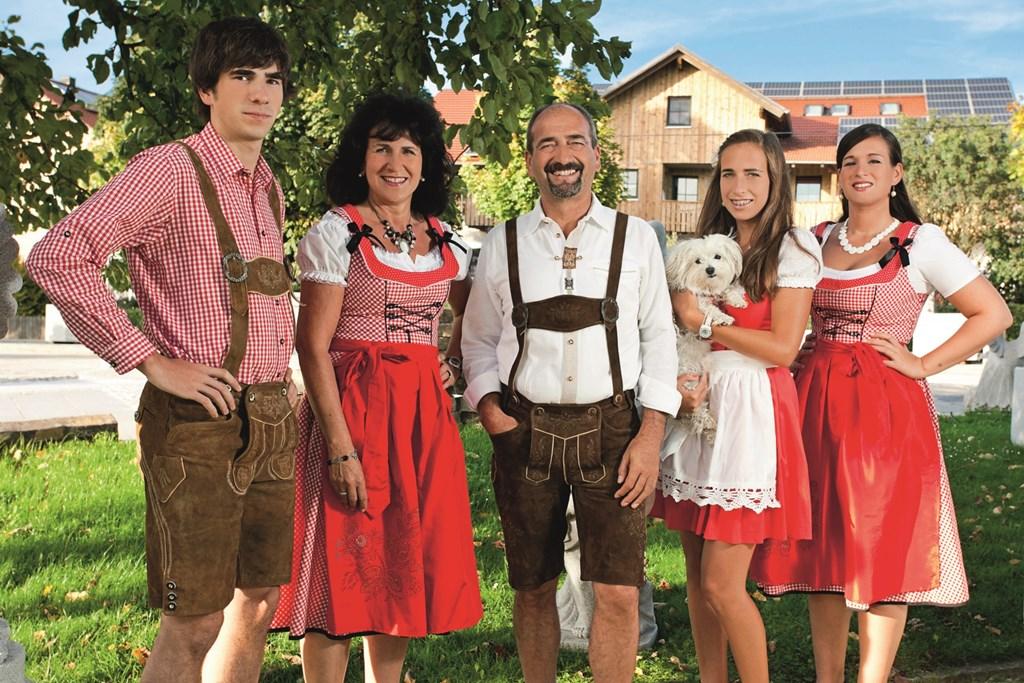 Am Rückerlhof (Waldmünchen). Fewo Wolfi  Ferienwohnung