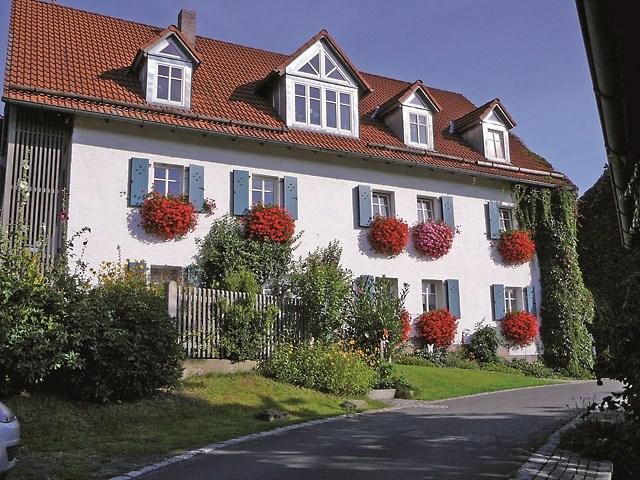 Ferienwohnung Der Heindlhof (Neualbenreuth). Kirschbaumzimmer (2027171), Neualbenreuth, Fichtelgebirge, Bayern, Deutschland, Bild 2
