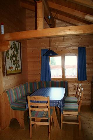 Haus 25 - Eßecke im Wohnzimmer