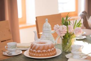 Kuchen genießen - Wohnung Bärengras