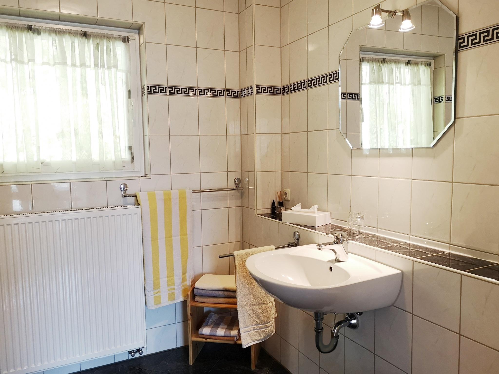 Ferienwohnung Gästehaus Martin (Werbach-Gamburg). Ferienwohnung 90 qm für 5 Personen mit zwei Schlafzimm (2661053), Werbach, Taubertal, Baden-Württemberg, Deutschland, Bild 8