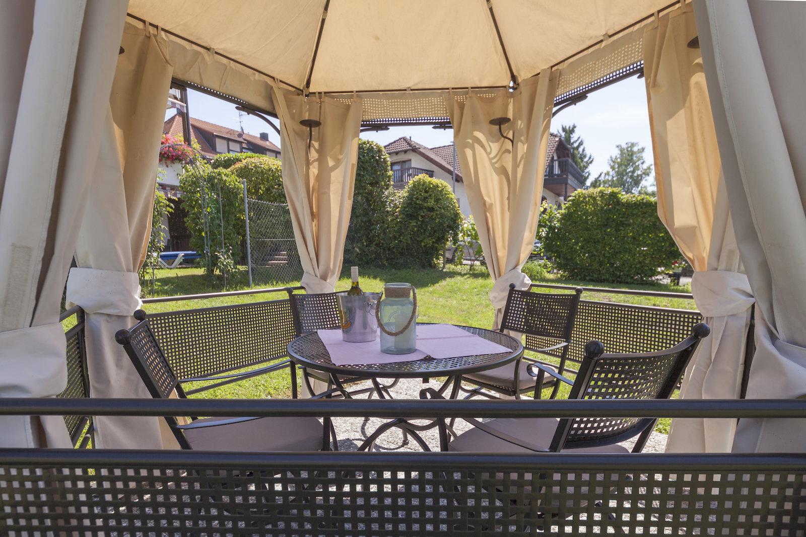 Hotel Seepark Appartements - Hotel Garni (Uhldinge Ferienwohnung am Bodensee