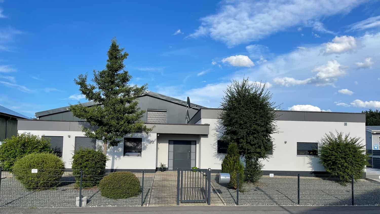 VOK Pension (Neunkirchen). Familien-Appartement bi Ferienhaus  Saarland