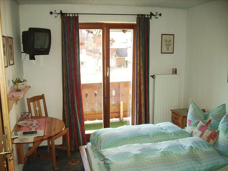 Ferienwohnung Gästehaus Eschenhof (DE Reit im Winkl). Ein-Raum-Appartement (7) 25 qm,  Dusche/WC, Minikü (709253), Reit im Winkl, Chiemgau, Bayern, Deutschland, Bild 10