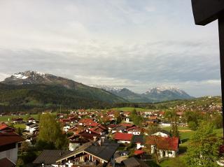 Blick vom Balkon in den Ort.jpg