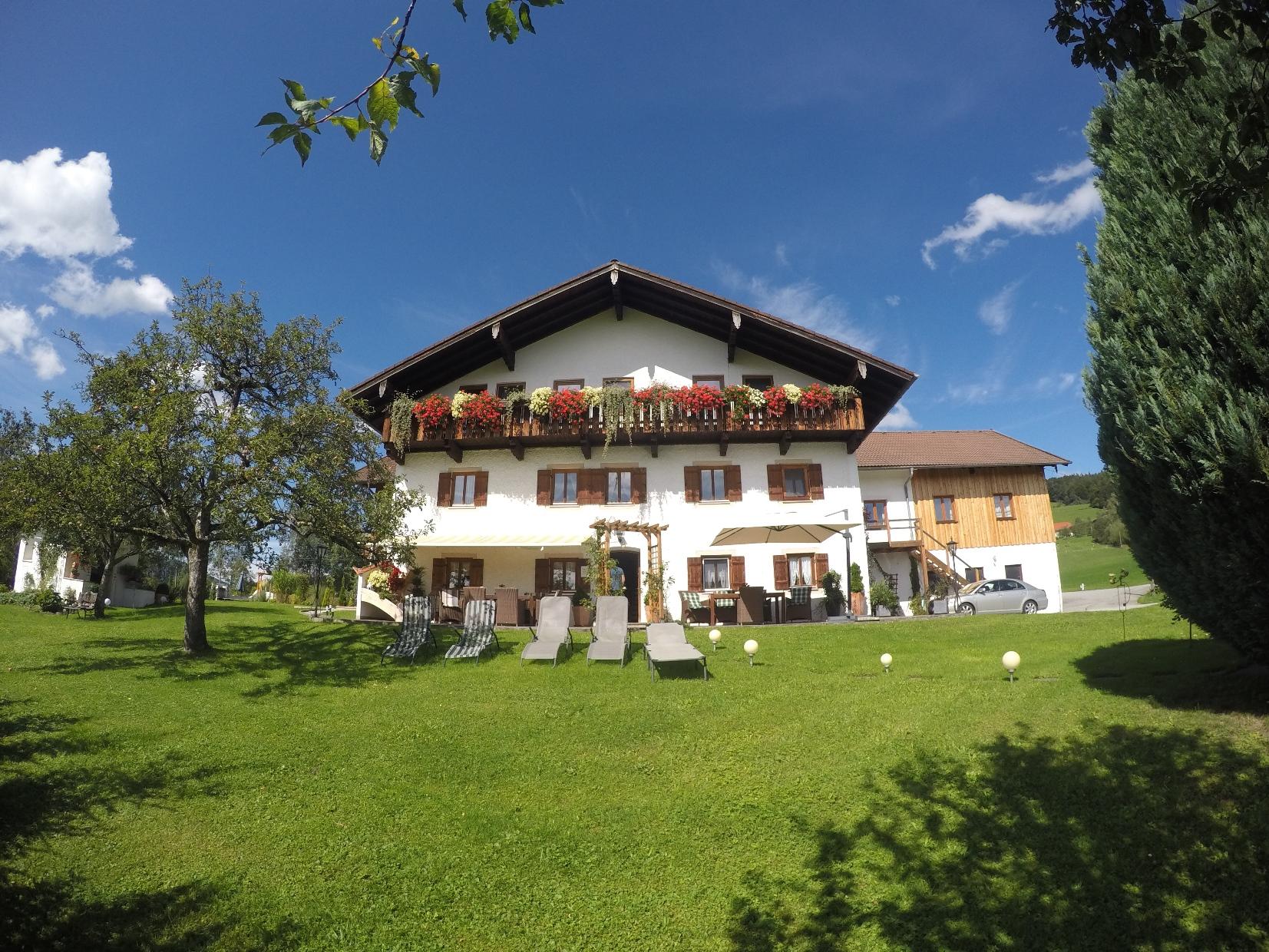 Hainbuchhof (DE Anger). Ferienwohnung im Erdgeschoss 45 qm ...