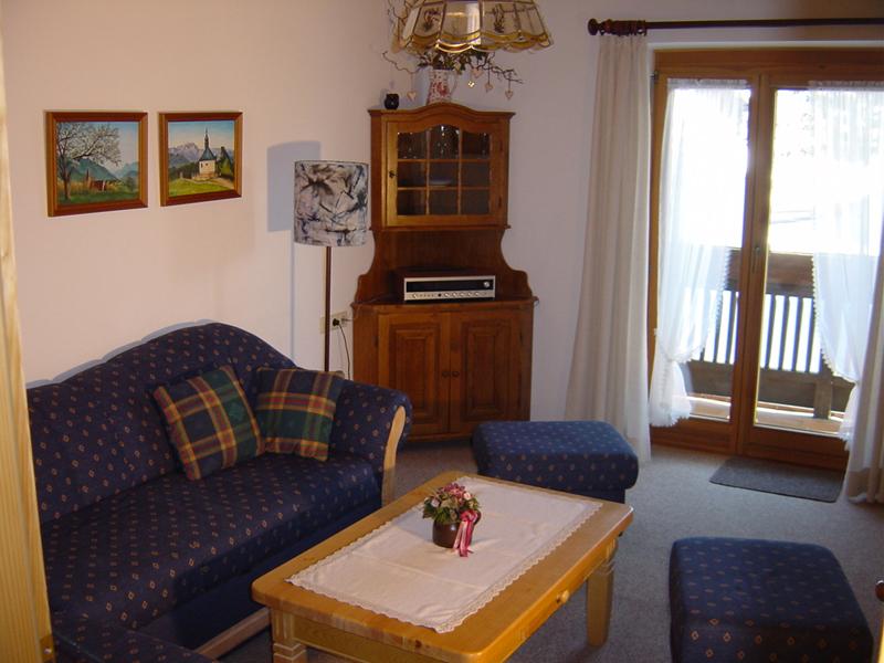 Ferienwohnung Contardo (DE Reit im Winkl). Zwei-Raum-Ferienwohnung ...