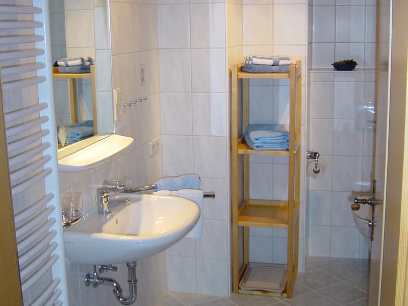 Ferienwohnung Contardo (DE Reit im Winkl). Zwei-Raum-(1) 45qm, Bad/WC, Extra-Schlafzimmer, separate Wohn (709402), Reit im Winkl, Chiemgau, Bayern, Deutschland, Bild 2