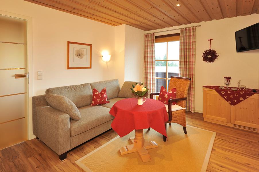 Holiday apartment Gästehaus Klara (DE Reit im Winkl). (1) Zwei-Raum-Ferienwohnung  42qm (1029688), Reit im Winkl, Chiemgau, Bavaria, Germany, picture 5