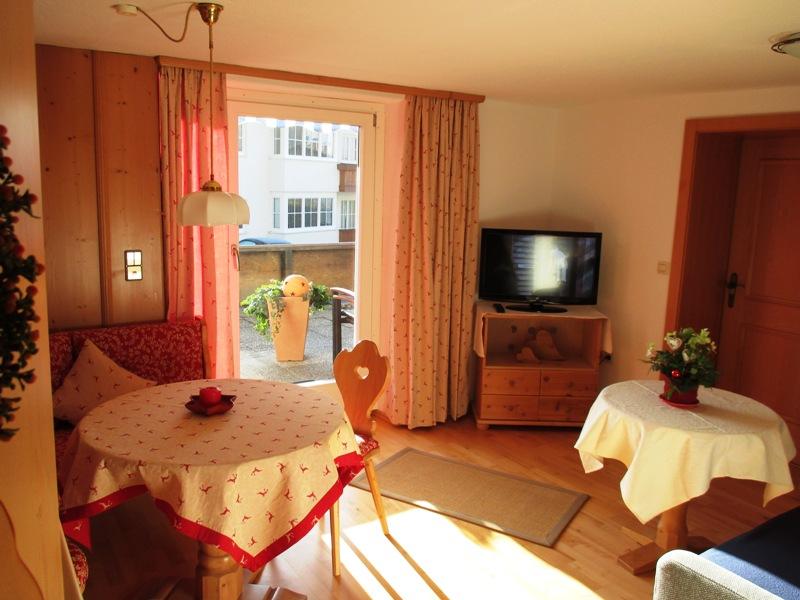 Holiday apartment Gästehaus Klara (DE Reit im Winkl). (1) Zwei-Raum-Ferienwohnung  42qm (1029688), Reit im Winkl, Chiemgau, Bavaria, Germany, picture 11