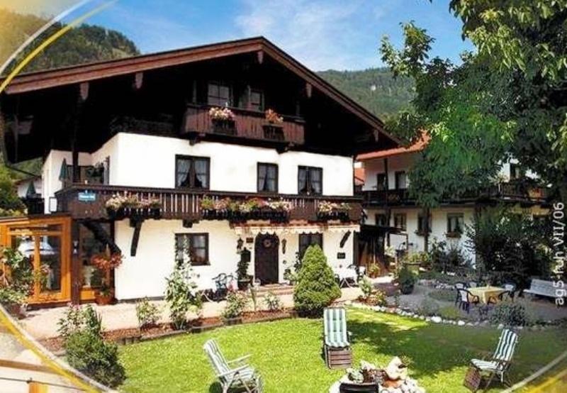 Ferienwohnungen Gästehaus Licht Reit im Winkl | Chiemgau Unterkünfte