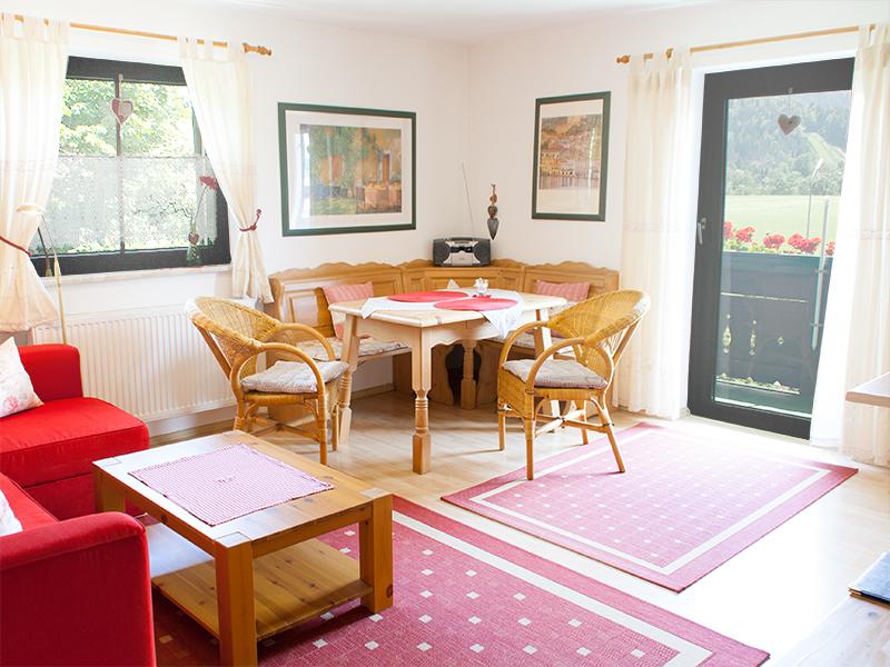 landhaus sonnenblick de reit im winkl 7 zweieinhalb raum ferienwohnung 50m bad. Black Bedroom Furniture Sets. Home Design Ideas