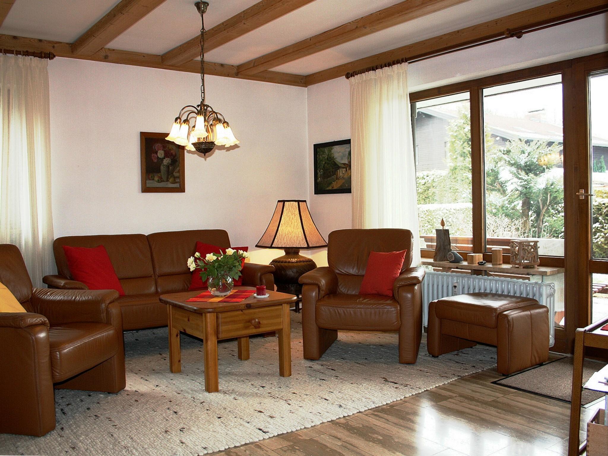 Hinterleitner angelika de grassau ferienwohnung 80 qm for Wohnzimmer 80 qm