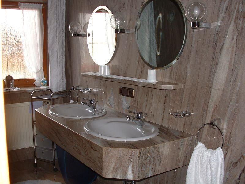 Vasca Da Bagno Laufen Prezzo : Haus obermayer laufen kirchanschoering alloggio