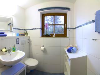 Beispielfoto: Badezimmer Typ B mit Ostbalkon