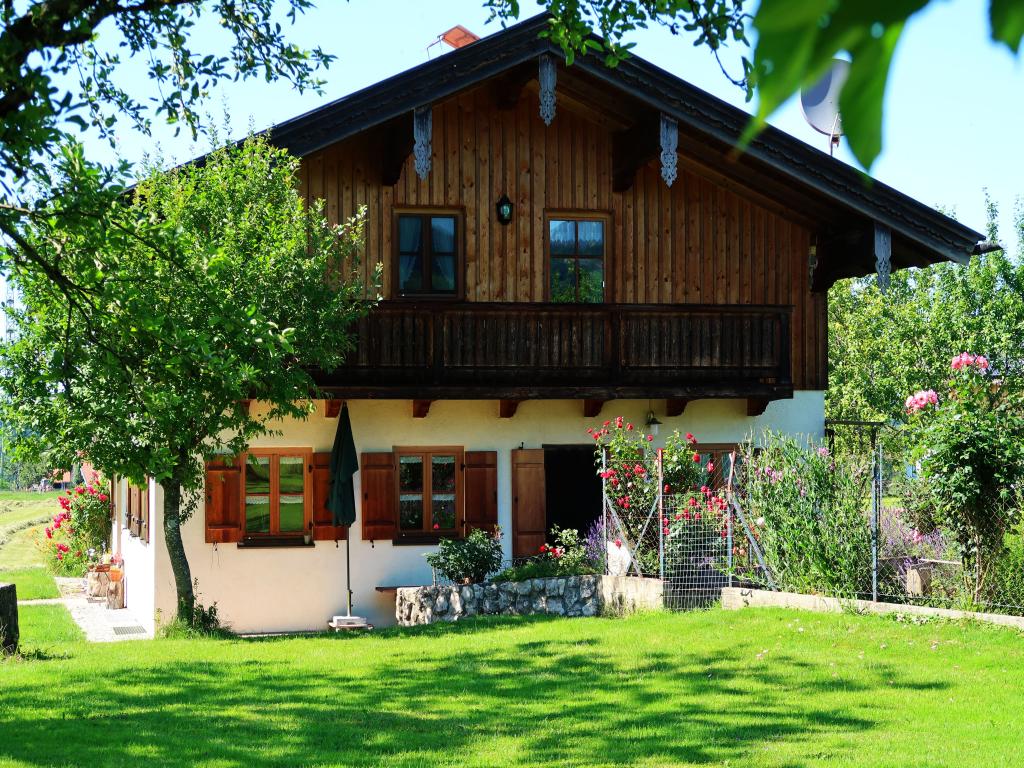 Beim Grafen (DE Frasdorf). FeWo 40 qm, 1. Stock, B Ferienwohnung  Oberbayern