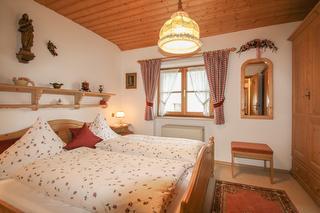 Schlafzimmer Ferienwohnung Hoamat