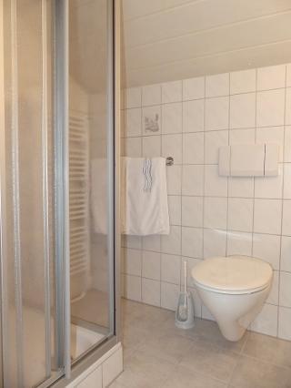 DZ Dusche/WC ohne Balkon Bad 2