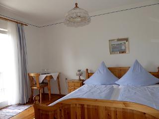Dreibettzimmer mit Etagend. und Balkon