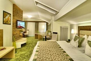 Suite-Superior.jpg
